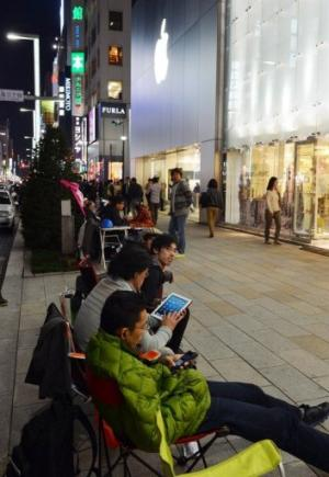 iPad mini starting price of US$329 might seem steep to some budget-minded shoppers, analysts say