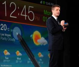 Kevin Packingham, Samsung's senior VP of product innovation demonstrates the use of a new stylus pen