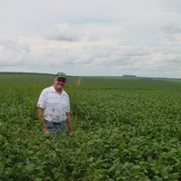 Leading crop scientist warns against herbicide overuse