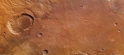 Mars: The fractured features of Ladon basin