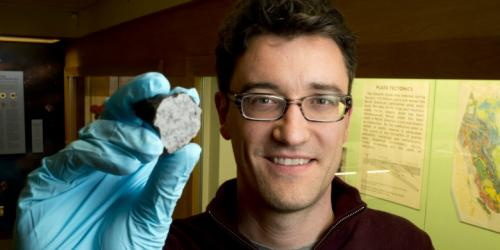Moroccan desert meteorite delivers Martian secrets