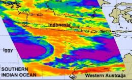 NASA infrared satellite instrument sees tropical storm Iggy growing in strength