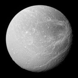 Oxygen discovered at Saturn?s moon Dione