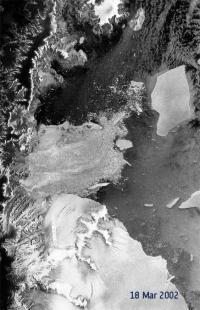 Satellite observes rapid ice shelf disintegration in Antarctic