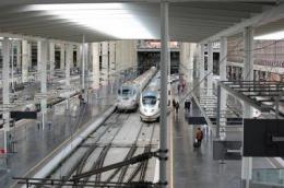 The rail and road network in Spain does not follow economic criteria, but central