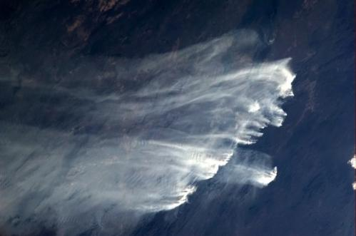 Astronaut captures incredible images of Australian bush fires