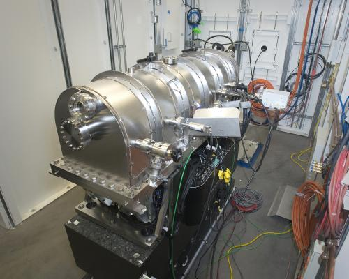 Bright light, big mirror: Precision X-ray focusing at NSLS-II