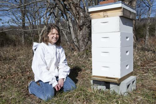 Happy honeybees: Student applying engineering research to agriculture