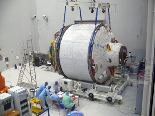 The ICC portion of ATV Albert Einstein being weighed at Kourou space center, French Guiana, January 16, 2013