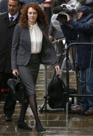 UK trial shows phone hacking techniques