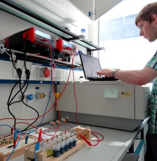 Using bacteria batteries to make electricity