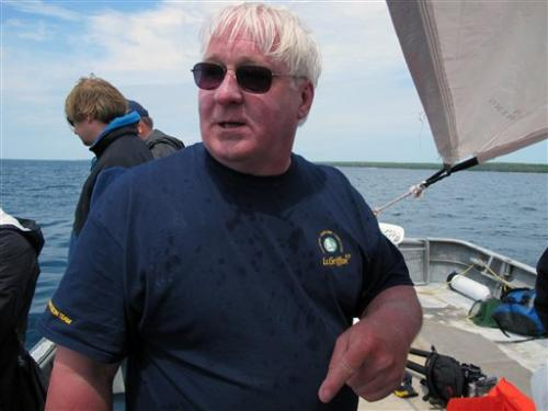 Divers begin Lake Michigan search for Griffin ship