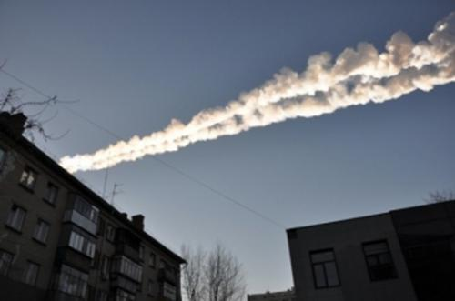 Incoming!  Then outgoing!  Waves generated by Russian meteor recorded crossing the US