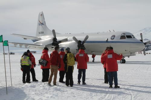 NASA pilots train for Antarctic flying