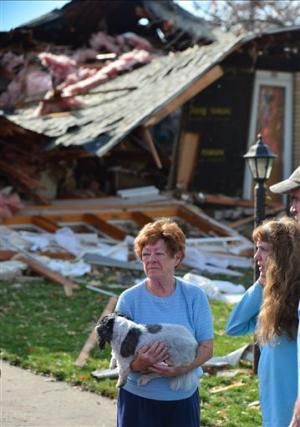Tornadoes, damaging storms sweep across Midwest