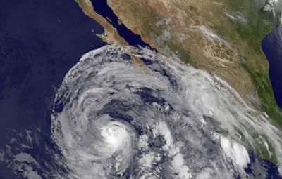 NASA satellites see Eastern Pacific's hurricane Cosme weaken