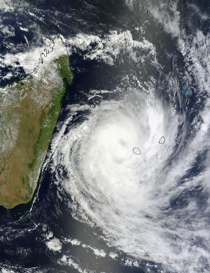 2 NASA satellites see Cyclone Dumile over La Reunion and Mauritius