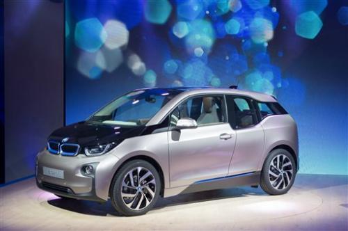BMW pulls wraps off i3 electric car
