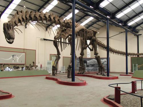 Scientists digitally reconstruct giant steps taken by dinosaurs for the first time