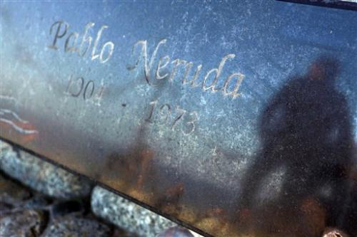 Chile successfully exhumes body of poet Neruda