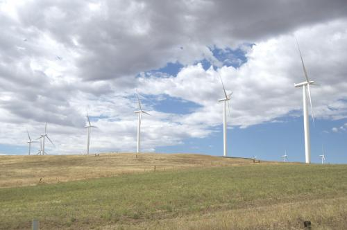 Stanford scientists calculate the energy required to store wind and solar power on the grid