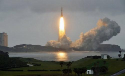 A Japanese H-IIB rocket lifts off from the Tanegashima Space Centre on July 21, 2012