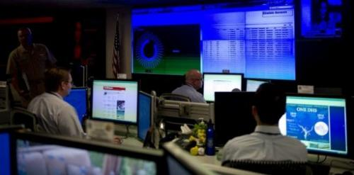 Analyists at the US National Cybersecurity & Communications Integration Center in Arlington, VA, September 24, 2010