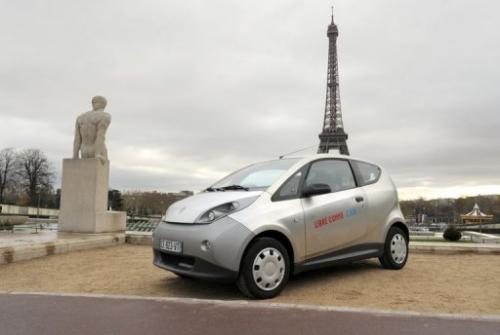 An electric Autolib' bluecar is presented during a press conference in Paris on November 29, 2012