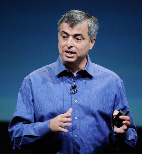 Apple's chief dealmaker Eddy Cue speaks at the company's headquarters in Cupertino, California on October 4, 2011
