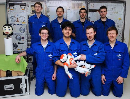 Bielefeld robots take part in a space simulation