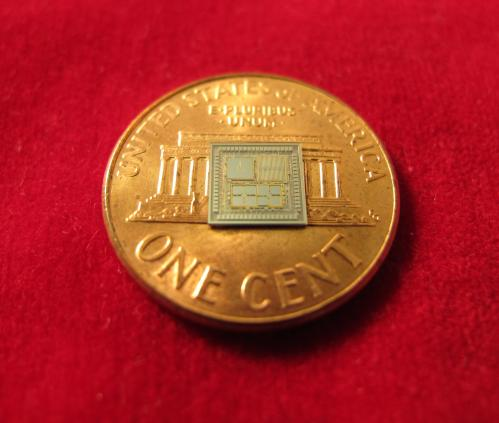 Extreme miniaturization: Seven devices, one chip to navigate without GPS