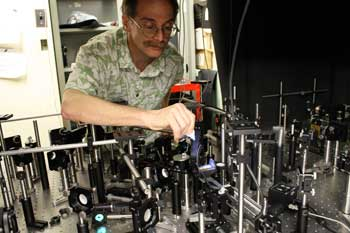 High-efficiency photon source brings day of reckoning closer for a famous quantum test