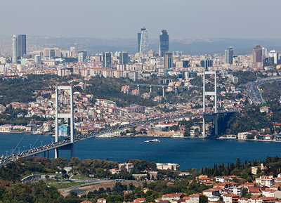 High-tech suspension bridge for Istanbul