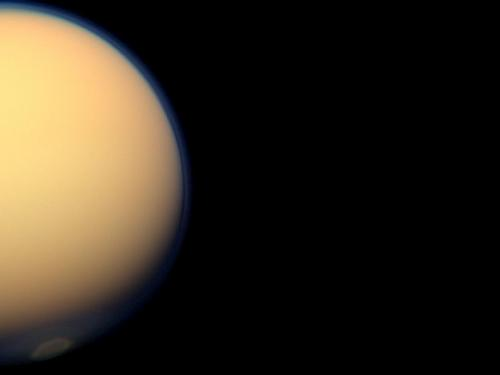 Ice cloud heralds fall at Titan's south pole