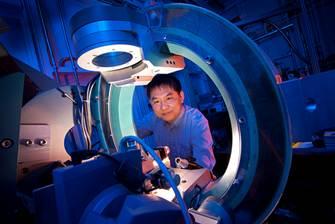 Scientists develop cheaper, more efficient fuel cells