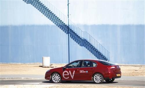 Investors buying bankrupt Israel electric car firm