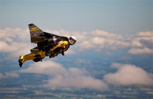 It's a bird, it's a plane, it's ... Swiss 'Jetman'