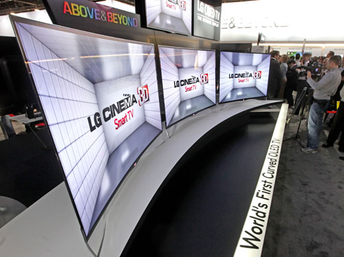 LG shows its first OLED TV with curved screen