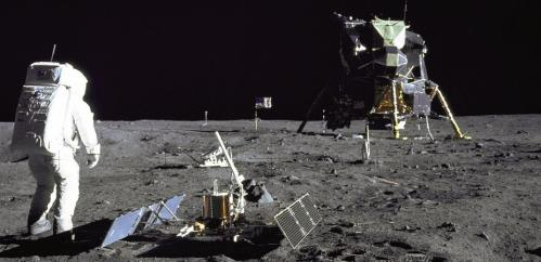 Look, but don't touch: US law and the protection of lunar heritage