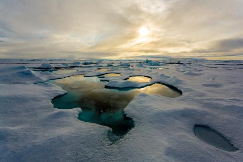 Melt ponds cause the Artic sea ice to melt more rapidly