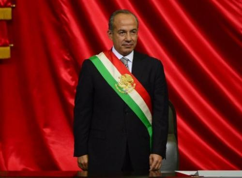 Mexican outgoing President Felipe Calderon awaits the arrival of his successor in Mexico City, on December 1, 2012