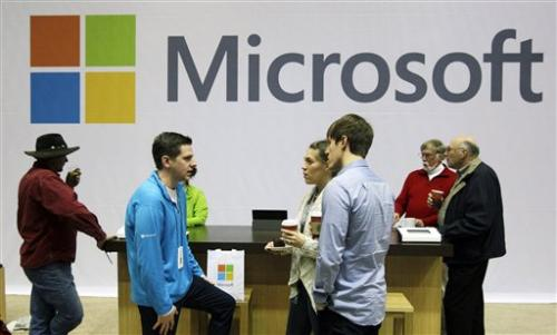 Microsoft's Outlook takes aim at Google's Gmail
