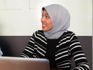 Mānoa: Study finds Muslim women wearing headscarfs face job discrimination