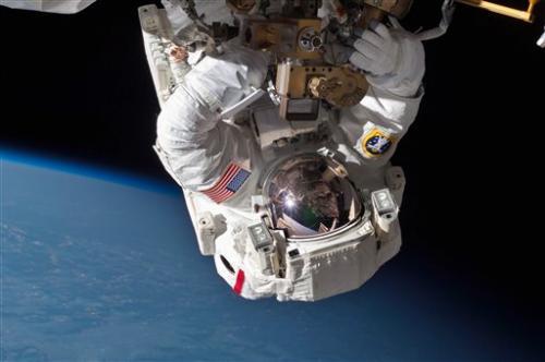NASA: New pump resolves big space station leak