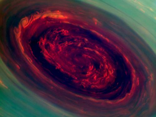 Nasa probe gets close views of large Saturn hurricane