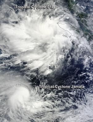 NASA sees 2 tropical cyclones competing in the Indian Ocean