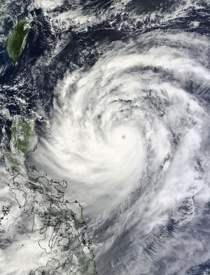 NASA sees Usagi become a typhoon