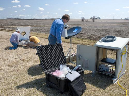 NASA, University of Iowa ground measurement campaign to improve flood forecasting