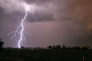 NOAA study finds fishing tops US lightning death activities