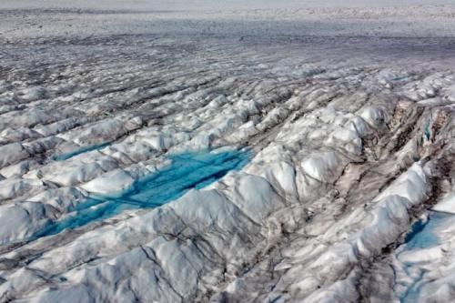 Northern hemisphere losing last dry snow region, says study